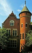 Page Tower House 0807 SC.jpg