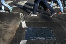Abbey Road manhole cover 0927 SC.jpg